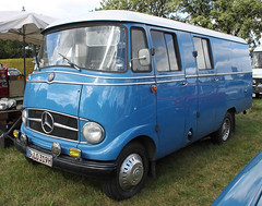 L319 (Schwanzus_Longus) Tags: tostedt german germany old classic vintage van truck vehicle crew cab cargo freight transport parcel delivery blue panel mercedes benz l319