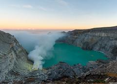 Kaway IJen Krater (Robert-Jan van der Vorm) Tags: banyuwangi regency east java indonesia caldera kawah ijen sulfur mining crater lake