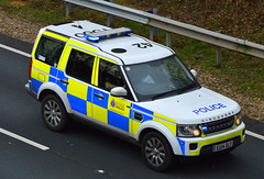 Essex Police | Land Rover Discovery | Roads Policing Unit | T560 | EU14 DLF (Chris' 999 Pics) Tags: essex police land rover discovery traffic car rpu roads policing unit a12 suffolk uk united kingdom england law enforcement 112 999 eu14dlf wide load abnormal escort hgv heavy goods vehicle danger dangerous hazard hazardous