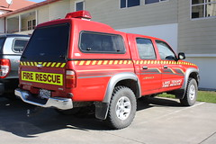 CCH 484 (ambodavenz) Tags: toyota hilux sr5 lake tekapo volunteer fire brigade south canterbury new zealand