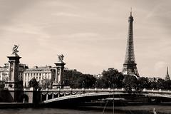 Soando (h.m1505) Tags: paris alejandro iii puente rio sena eiffel