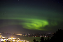 aurora (MargitHylland) Tags: nordlicht nordlys polarlys auroraborealis oppland gjvik mjsa northernlights norway norge norwegen stars lights city lake