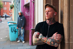 The Silent Observer (Charles Hamilton Photography) Tags: people tattoo waiting colours glasgow streetphotography streetportrait backstreet urbanlife maryhill tattooed environmentalportrait urbanscene nikond90 urbanglasgow glasgowstreetphotography