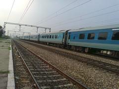 New Delhi Amritsar New Delhi Swarn Shatabdi Express (Abhinav (The Ludhiana Edition)) Tags: new original its ir delhi captured rake link express 20 punjab ceu leading amritsar asr swarna ghaziabad gzb 12030 30282 wap5 shatabdi ndls wap7 chiheru gzbiry