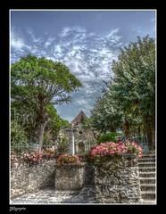 Carrenac - Chapelle (Jean-jacques QUEYRIE) Tags: road sky cloud france church fleur village pierre lot route ciel pont plus ruelle nuage maison porche escalier chapelle hdr beau croix tympan carrenac
