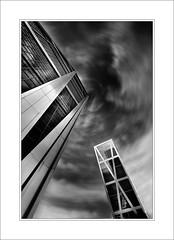 Torres Plaza de Castilla 2. Madrid (railonsop) Tags: madrid nikon sigma torres rascacielos plazadecastilla torreskio sigma1020 arquitecturamadrid nikond90 railonsop