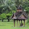 Myanmar | Private conversation (Solomulala | mostly weekends ;-( !) Tags: travel people canon de landscape burma c 7d myanmar muriel jong birmania solomulala murielcdejong