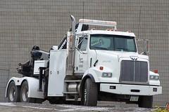 101_1902-2 2008 Ian A. McCord (ocrr4204) Tags: canada truck kodak camion vehicle pointandshoot mccord trucking z740 ianmccord ianamccord
