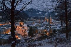 It's Advent in Salzburg... (echumachenco) Tags: salzburg lights austria evening österreich cathedral dom soe lichter franziskanerkirche artdigital universitätskirche nikond3100