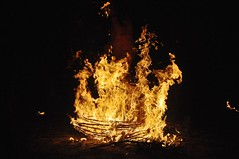 Hoguerita (vcastelo) Tags: espaa fire spain fiesta 7 c