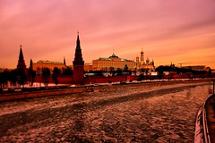 Kremlin. Winter on the river. (Gena Golovskoy) Tags: winter snow night river russia moscow kremlin photographyforrecreationeliteclub celebritiesofphotographyforrecreation photographyforrecreationclassic celebritiesphotographyforrecreation