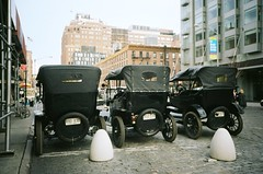Vintage cars for Boardwalk Empire (BEN SHIRAI) Tags: old cars film 35mm vintage j nc kodak portra yashica 160 160nc boardwalkempire
