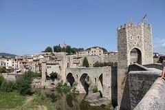Besal (annathirteen) Tags: catalonia girona catalunya besal lagarrotxa