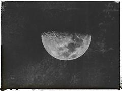 amplido (www.facebook.com/amagalhaesfotografia) Tags: lua noite cu escuro moon fotografia so paulo brasil textura vsco