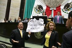 IMG_4941 (Fotografa GP-PRD LXIII) Tags: cmara camaradediputados cmaradediputados lxiii lxiiilegislatura legislatura gpprd prd tomasoctaviano elidacasteln ayotzinapa protesta pleno