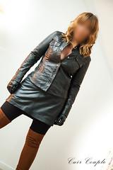 elle270 (Cuir Couple) Tags: cuir leder leather cuero veste jacket jupe skirt pantalon pant hosen mistress maitresse cuissardes matre master bondage bdsm cravache martinet