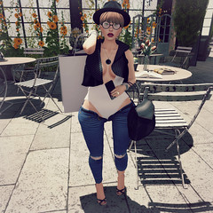 {Blog 82} Sunday Shopping (veronica gearz) Tags: avatar blogger blog blogging bloggers blogs avi alex life logo maitreya mesh maxigossamer secondlife second sl summer revoul elegance evani reign zenith ncore treschic promagic kustom9 jcny paris sunday shopping