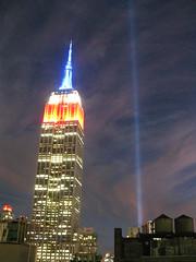 IMG_6791 (gundust) Tags: nyc ny usa september 2016 newyork newyorkcity manhattan architecture esb empirestatebuilding skyscraper september11th 911 tributeinlight xeon twintowers memorial remembrance night