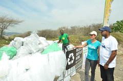 International Coastal Clean Up Day 2016