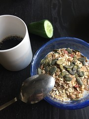 Frukost 26/9 (Atomeyes) Tags: mat fil msli pumpafrn kaffe frukost