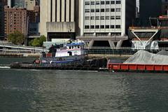 Tugboat & Barge 16 (Roosevelt Island/NYC) (chedpics) Tags: newyork eastriver rooseveltisland