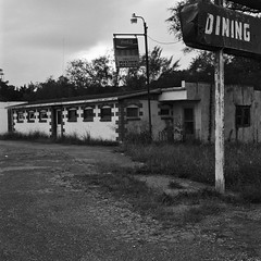 Dining (robert schneider (rolopix)) Tags: blackandwhite bw abandoned 120 6x6 film monochrome sign rolleiflex mediumformat square restaurant virginia closed va dining roadside expired outofbusiness outdated outofdate 28f verichromepan verichrome koday 120620 robertschneider tomsbrook autaut steelsign valleydiner bwfp believeinfilm rolopix
