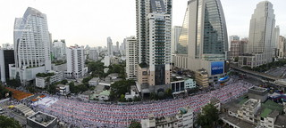 Almsgiving to 12,600 monks at Asok-Montri