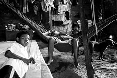 El desaliento (Henry Moncrieff) Tags: poverty boy river monocromo venezuela lifestyle poltica infancia rancho warao orinoco pobreza indgena antropologa indigena monocromtico waterpeople documentaryphotography antropologiavisual sanfelix ciudadguayana deltadelorinoco etnologa visualanthropology calidaddevida fotografadocumental formasdevida lifecondition guayanacity precariedades