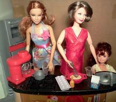 Thanksgiving: Helping Grandma in the Kitchen (lovebarbies) Tags: thanksgiving grandma stacie barbie whitney kelly basics flickrandroidapp:filter=none