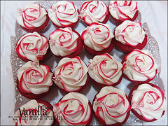 Red Velvet Cupcake (vanillabox) Tags: red velvet cupcake