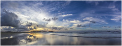 Famara Playa (AKfoto.fr) Tags: ocean sunset sea panorama mer beach island soleil coucher playa tamron canaries plage huggins famara 550d lr4