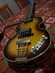 Hfner 500/1 (eduardo.capdeville) Tags: bass hfner