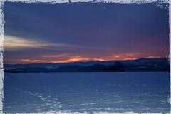 Aufgehende Himmelswrme (Mdarkbyte) Tags: schnee winter sunset snow landscape nikon feld landschaft sonnenaufgang mmmomentaufnahme