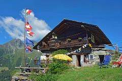 Il Rifugio delle Guide  a Resy (giorgiorodano46) Tags: luglio2016 july 2016 giorgiorodano resy ayas valdayas rifugiodelleguide alpinehut alps alpi alpes alpen valdaosta aosta valléedaoste italy mountainlife mountain summer building flags