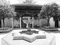WALKING THROUGH MOROCCO IN EPCOT (Visual Images1) Tags: morocco epcot blackandwhite