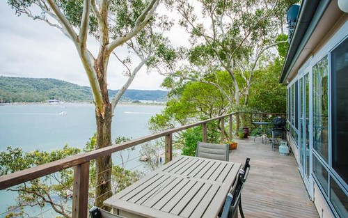 110 Riverview Avenue, Dangar Island NSW