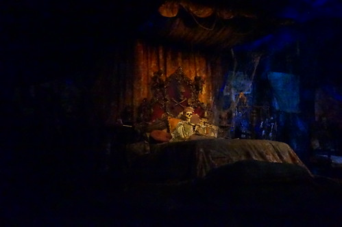 """Pirates of the Caribbean - Treasure Room • <a style=""""font-size:0.8em;"""" href=""""http://www.flickr.com/photos/28558260@N04/28881498121/"""" target=""""_blank"""">View on Flickr</a>"""