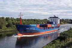 'RMS Veritas' Moore 8th September 2016 (John Eyres) Tags: v rms veritas taken over from thea ii container service between irlam liverpool 080916 manchestershipcanal