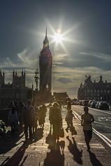Rush hour, Big Ben, London (Rainer D) Tags: 2016 london street england vereinigtesknigreich rushhour bigben backlight running shadow