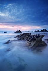 (Andy Bracey -) Tags: bracey andybracey fistral fistralbeach beach sand sea atlantic cornwall coast coastal sunset pastel rocks longexposure littlestopper leefilters nikon d3s landscape seascape