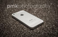 iPhone (P M K Photography) Tags: product iphone 5s flash nikon advertise apple