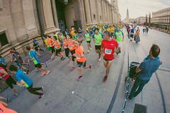 2016-09-25 09.18.24 (Atrapa tu foto) Tags: 8mm espaa europa europe maratondezaragoza saragossa spain xmaratnciudaddezaragoza zaragoza ateltismo atletics carrera corredores deporte fisheye marathon maraton maratn ojodepez runners running sport aragon es