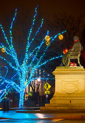 Longfellow Square Lit for the Holidays, Portland, Maine (100034) (John Bald) Tags: christmas statue night scarf portland lights maine american gift poet package decorate longfellow redscarf henrywadsworthlongfellow longfellowsquare hoidays