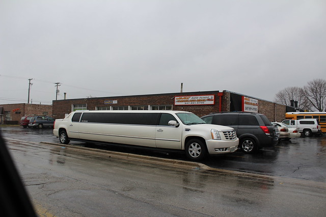 limo limousine cadillacescaladeext