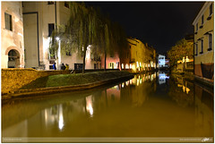 Treviso, although it's still night : Treviso, nonostante sia ancora notte (guido ranieri da re: work wins, always off) Tags: italy night italia notte indianajones treviso veneto buranelli nonsonoglianniamoresonoichilometri guidoranieridare