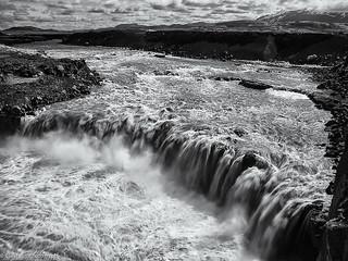 The Þjórsá and Dam Battles