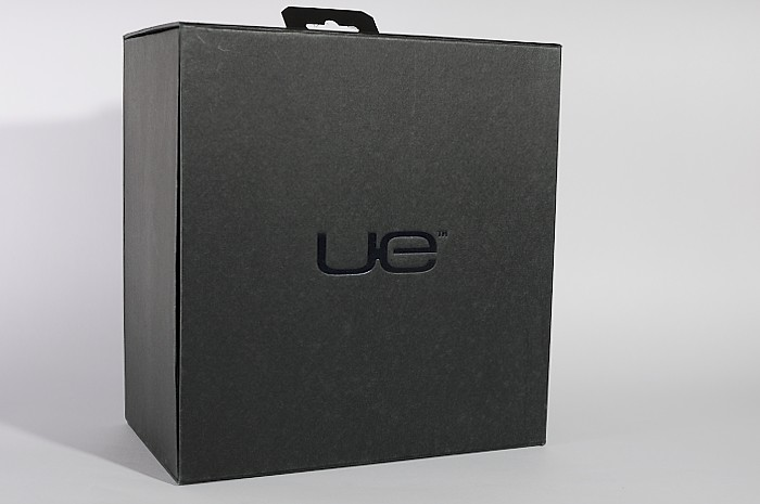 logitech-ue9000