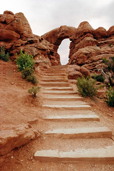 Turret Arch, Windows trail (WorldofArun) Tags: windows tower rock stairs river utah nationalpark ut nikon sandstone arch loop hiking scenic may arches canyon cliffs formation explore trail coloradoriver moab walls archesnationalpark naturalwonders mesa isolated 2010 lasal rockformation drywash thewindowssection turretarch nabs grandcounty naturalarch 18200mm lasalmountainrange ancientlandscape windowssection d40x windowstrail worldofarun naturalarchandbridgesociety drywashbed windowsdistrict arunyenumula windowsloop windowsprimitivetrail archesnationalmonumentscientificexpedition