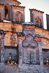 Dettagli (FDolfini) Tags: light signs nova luci dettagli disegni merli abbazia simboli cella