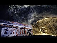 Genill (PhotoJunket) Tags: longexposure bridge cambridge lightpainting night under le below underneath orbs flickrmeet wirewool cambridgeshootersclub genill